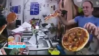 پیتزا مخصوص شعبه ایستگاه فضایی