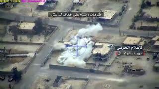 شکار ادوات نظامی و پایگاه های داعش در شهر بوکمال دیرالزور توسط جنگنده و پهبادهای ارتش روسیه