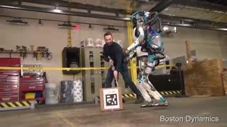 سوء استفاده شرکت بوستون داینامیکس از ربات های بی گناه