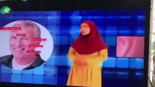 سانسور کردن دستهای مجری زن در شبکه خراسان رضوی