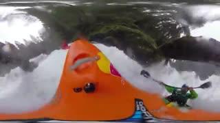 قایق سواری در آبشار 360