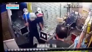 حمله با قمه و تبر به موبایلفروشی در اهواز