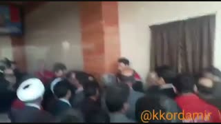 عصبانیت نماینده شهریار از اینکه در بنر افتتاحیه ایستگاه آتشنشانی از وی نام برده نشده است!