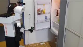این ربات Nvidia شما را به صرف نوشیدنی دعوت می کند