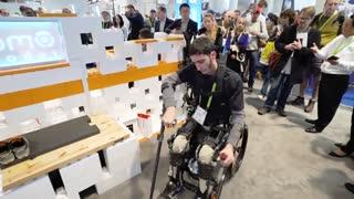 نمایش استفاده از پاهای رباتیک برای معلولین در نمایشگاه CES 2018