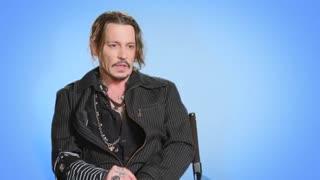 مصاحبه با  Johnny Depp صداپیشه انیمیشن Sherlock Gnomes