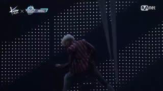 اجرا Sherlock از Shinee در KCON France 2017