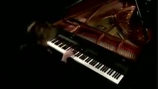 پیانو زنی حرفه ای