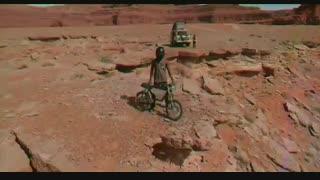 موپدهای الکتریکی Retro Onyx ؛ وسیلهای ما بین دوچرخههای برقی و موتورسیکلتها