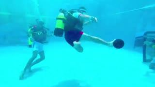 ویدئو فوتبال زیر آب  کارى از ایران ایکس گیم