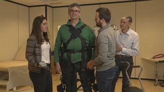 ربات اسکلت بیرونی، دستیار کارشناس توانبخشی