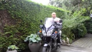 آموزش موتورسواری قسمت ۶ جادوی نگاه