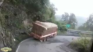 بدشانسی های کامیونی