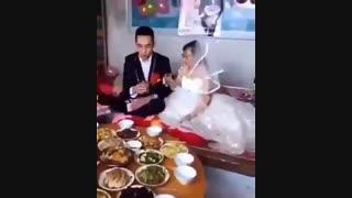 ازدواج خییلی عاشقانه پیرزن 80ساله  با یک پسر خییلی جوان