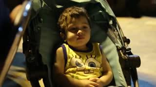 کودکان در حواشی نخستین کنسرت خیابانی محمد معتمدی در پارک آب و آتش