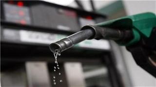 کمبود بنزین در جنوب و صف طولانی جایگاههای سوخت