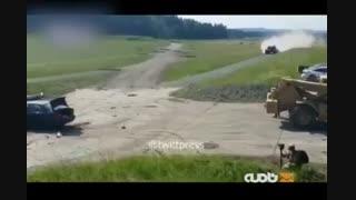 نمایش له کردن بیامو با تانک آلمانی لئوپارد